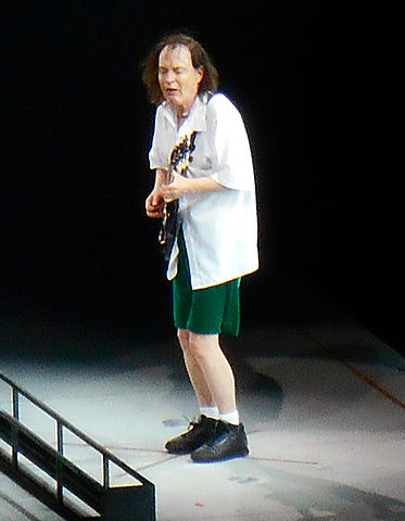 wie is angus young
